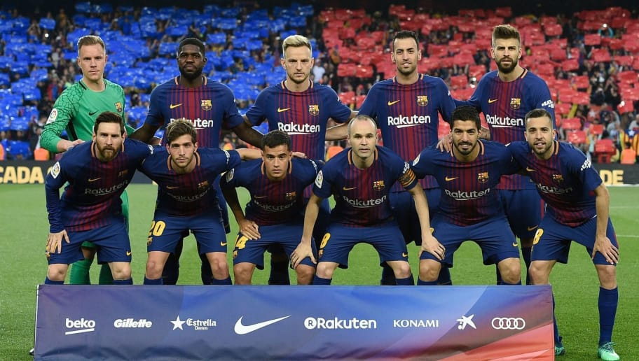 (Back L-R) Barcelona's German goalkeeper Marc-Andre Ter Stegen, Barcelona's French defender Samuel Umtiti, Barcelona's Croatian midfielder Ivan Rakitic, Barcelona's Spanish midfielder Sergio Busquets, Barcelona's Spanish defender Gerard Pique, (L-R) Barcelona's Argentinian forward Lionel Messi, Barcelona's Spanish midfielder Sergi Roberto, Barcelona's Brazilian midfielder Philippe Coutinho, Barcelona's Spanish midfielder Andres Iniesta, Barcelona's Uruguayan forward Luis Suarez and Barcelona's Spanish defender Jordi Alba pose for a group picture ahead of the Spanish league football match between FC Barcelona and Real Madrid CF at the Camp Nou stadium in Barcelona on May 6, 2018. (Photo by LLUIS GENE / AFP)        (Photo credit should read LLUIS GENE/AFP/Getty Images)