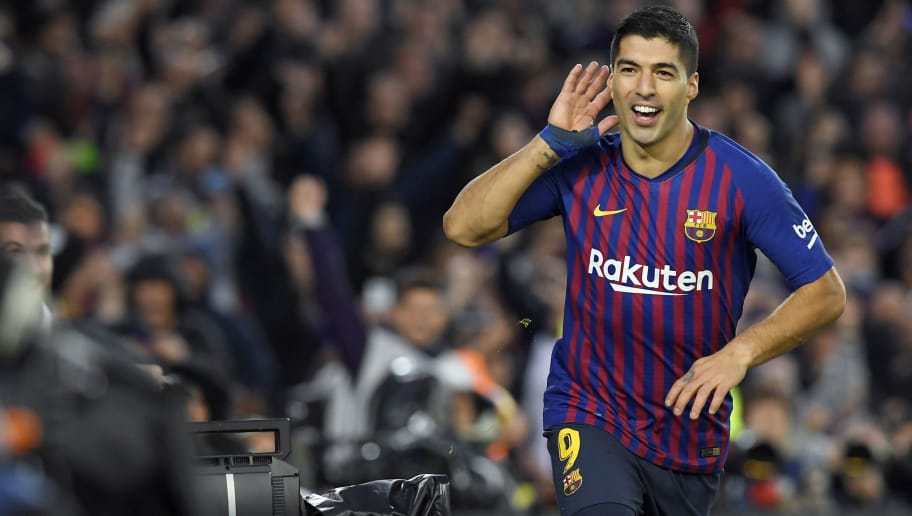 Barcelona's Uruguayan forward Luis Suarez celebrates a goal during the Spanish league football match between FC Barcelona and Real Madrid CF at the Camp Nou stadium in Barcelona on October 28, 2018. (Photo by LLUIS GENE / AFP)        (Photo credit should read LLUIS GENE/AFP/Getty Images)