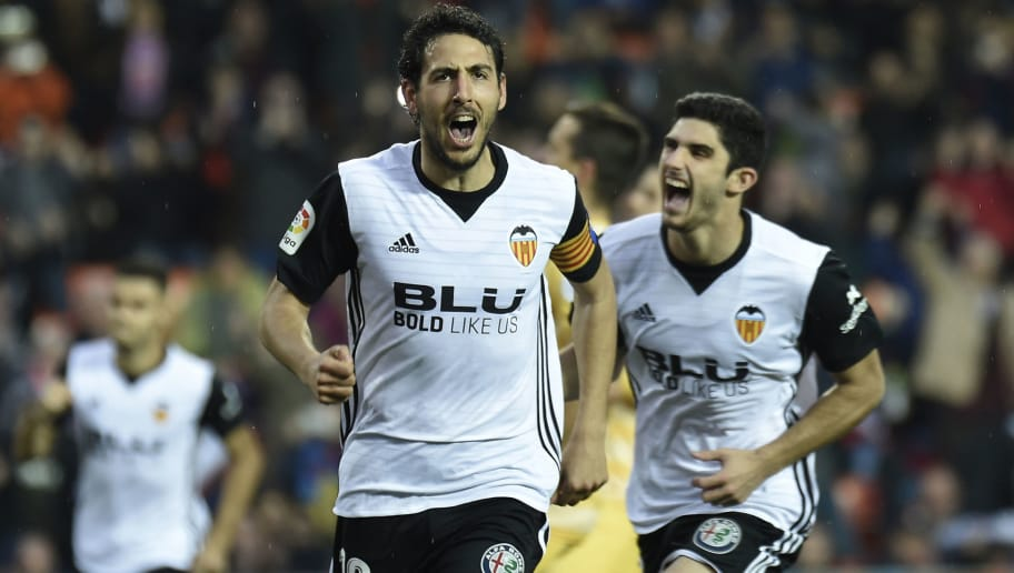 Valencia's midfielder Dani Parejo celebrates after scoring a goal during the Spanish league football match between Valencia and Girona at the Mestalla stadium in Valencia on January 6, 2018. / AFP PHOTO / JOSE JORDAN        (Photo credit should read JOSE JORDAN/AFP/Getty Images)