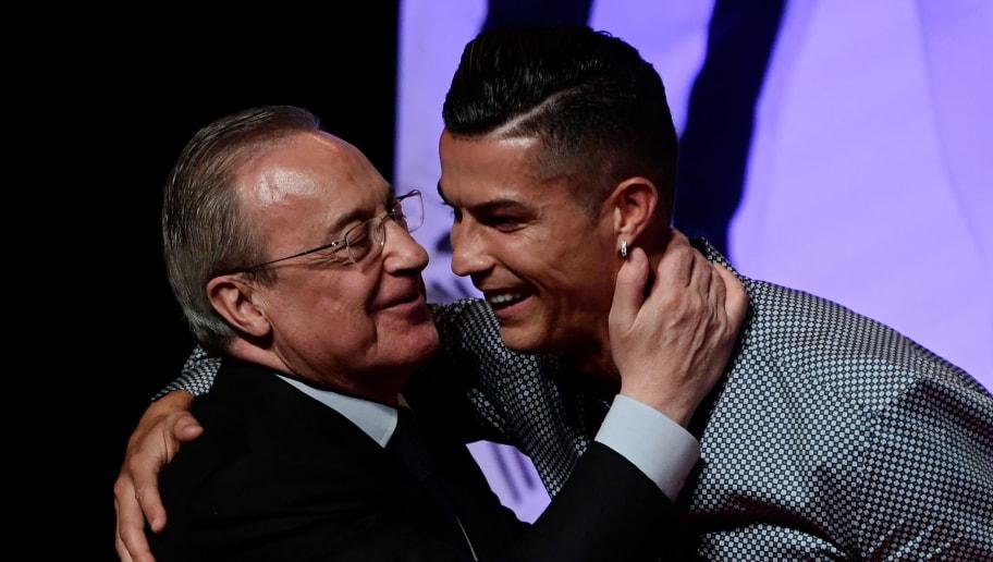 """Résultat de recherche d'images pour """"Cristiano Ronaldo était ce lundi à Madrid, où il a reçu le prix Légende de Marca"""""""
