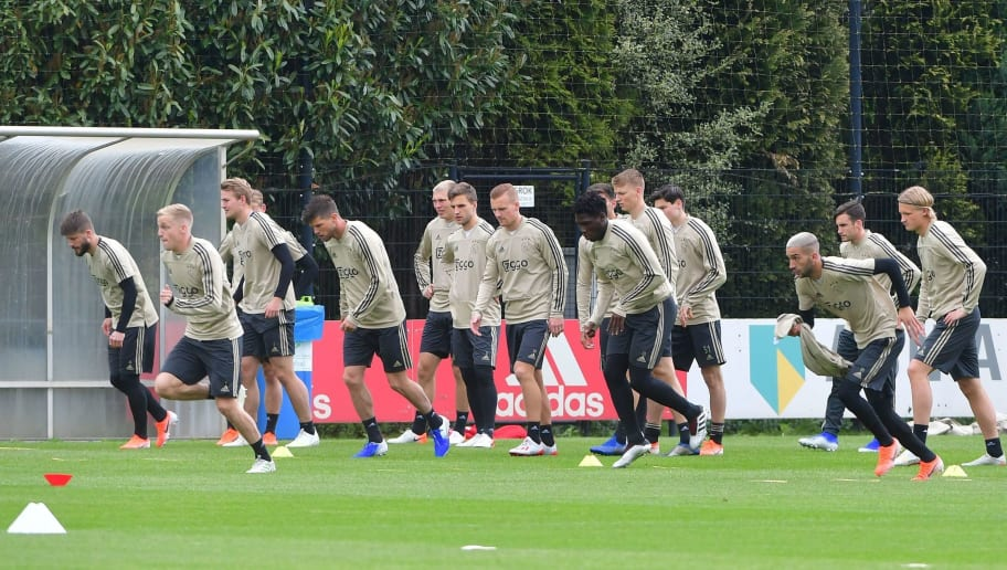 FBL-EUR-C1-AJAX-TRAINING