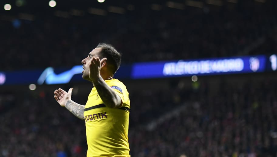 Borussia Dortmund's Spanish forward Paco Alcacer gestures during the UEFA Champions League group A football match between Club Atletico de Madrid and Borussia Dortmund at the Wanda Metropolitan stadium in Madrid on November 6, 2018. (Photo by OSCAR DEL POZO / AFP)        (Photo credit should read OSCAR DEL POZO/AFP/Getty Images)