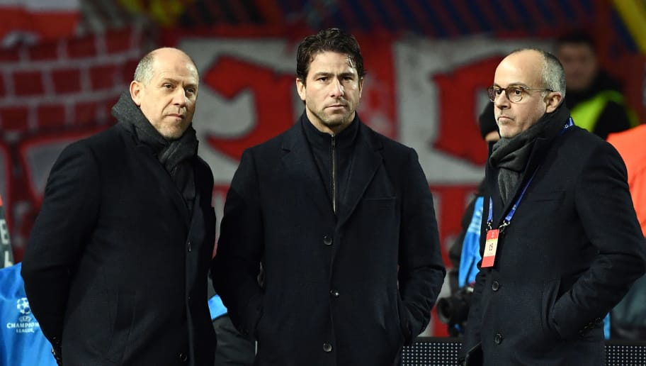 PSG's sporting directors Antero Henrique (L) and Maxwell C) are seen ahead of the European Champions League football match Crvena Zvezda Belgrade vs Paris Saint-Germain (PSG) on December 11, 2018 at Rajko-Mitic stadium in Belgarde. (Photo by FRANCK FIFE / AFP)        (Photo credit should read FRANCK FIFE/AFP/Getty Images)