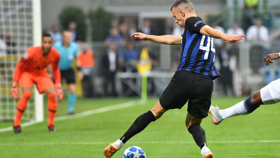 Inter Milan's Croatian midfielder Ivan Perisic controls the ball during the UEFA Champions League group stage football match Inter Milan vs Tottenham on September 18, 2018 at the San Siro stadium in Milan. (Photo by Andreas SOLARO / AFP)        (Photo credit should read ANDREAS SOLARO/AFP/Getty Images)