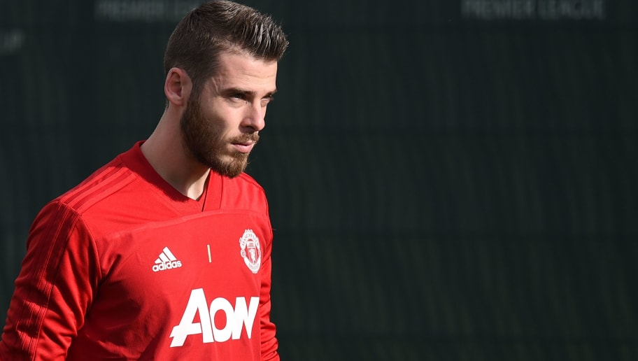 Manchester United's Spanish goalkeeper David de Gea arrives for a training session at the Carrington Training complex in Manchester, north west England on October 22, 2018, ahead of their UEFA Champions League group H football match against Juventus on October 23. (Photo by Oli SCARFF / AFP)        (Photo credit should read OLI SCARFF/AFP/Getty Images)