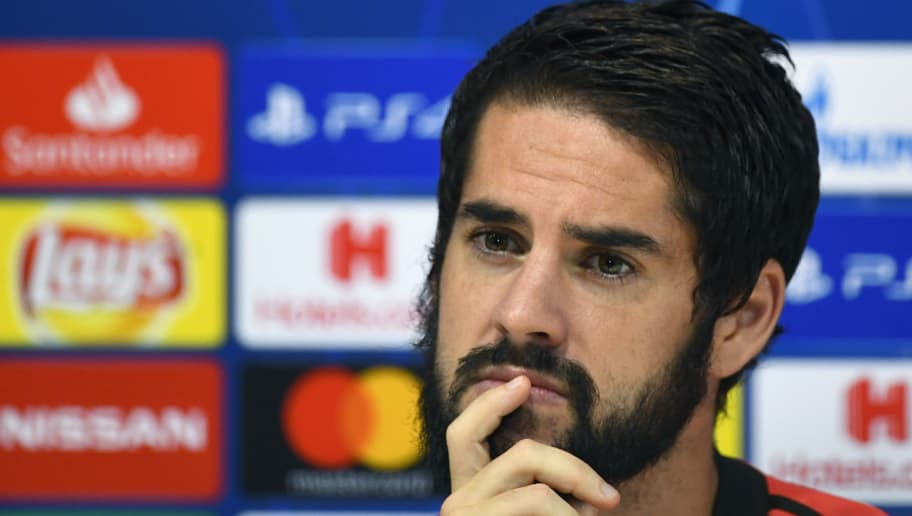 Real Madrid's Spanish midfielder Isco gives a press conference at the Valdebebas training ground in Madrid on October 22, 2018 on the eve of the UEFA Champions' League football match Real Madrid CF against FC Viktoria Plzen. (Photo by GABRIEL BOUYS / AFP)        (Photo credit should read GABRIEL BOUYS/AFP/Getty Images)