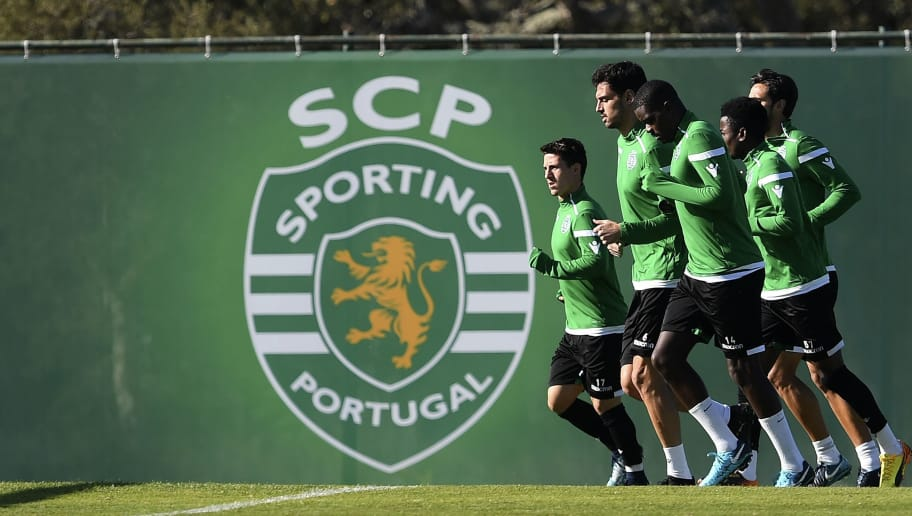 Sporting's players take part in a training session at Sporting's training grounds near Alcochete, outskirts of Lisbon, on November 21, 2017, on the eve of the UEFA Champions League group D football match Sporting CP vs Olympiacos FC. / AFP PHOTO / FRANCISCO LEONG        (Photo credit should read FRANCISCO LEONG/AFP/Getty Images)