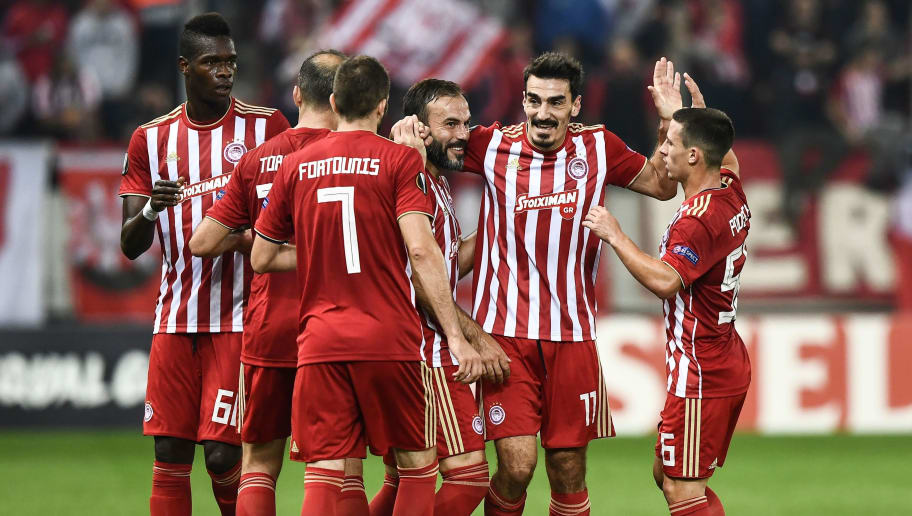 Olympiakos'  players celebrate a goal  during the UEFA Europa League Group F second-leg football match between Olympiakos Piraeus and F91 Dudelange at the Georgios Karaiskakis Stadium in Piraeus on November 8, 2018. (Photo by Aris Messinis / AFP)        (Photo credit should read ARIS MESSINIS/AFP/Getty Images)