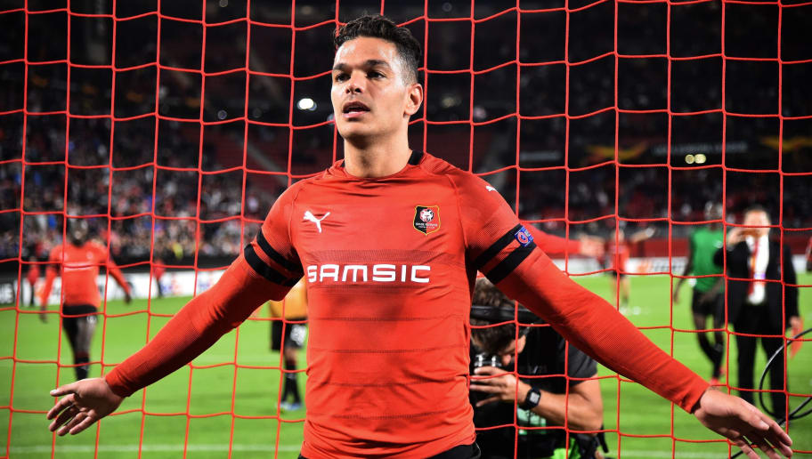 Rennes' French forward Hatem Ben Arfa leads his teammates as they applaud their supporters after the Europa League C3 Group K football match between Rennes (Stade Rennais FC) and FK Jablonec at The Roazhon Park, in Rennes, northwestern France on September 20, 2018. (Photo by JEAN-FRANCOIS MONIER / AFP)        (Photo credit should read JEAN-FRANCOIS MONIER/AFP/Getty Images)
