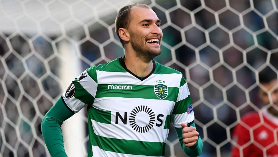 Sporting's Dutch forward Bas Dost celebrates after scoring the opening goal during the UEFA Europa League football match Sporting CP vs FC Astana at the Alvalade stadium in Lisbon on February 22, 2018. / AFP PHOTO / FRANCISCO LEONG        (Photo credit should read FRANCISCO LEONG/AFP/Getty Images)