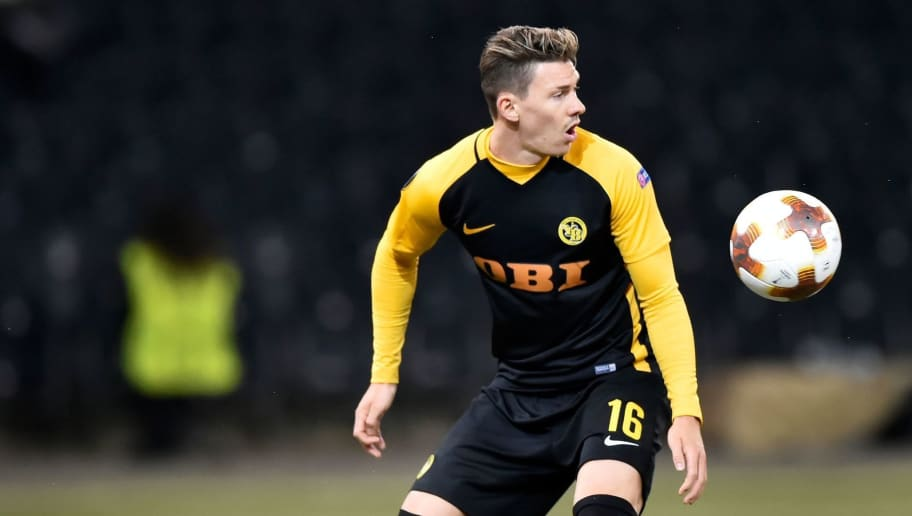 Young Boys' Christian Fassnacht (R) vies for the ball with Partizan's Miroslav Vulicevic during the UEFA Europa League group stage football match between BSC Young Boys and FK Partizan Belgrade on September 14, 2017 at the Stade de Suisse in Bern. / AFP PHOTO / Michael Buholzer        (Photo credit should read MICHAEL BUHOLZER/AFP/Getty Images)