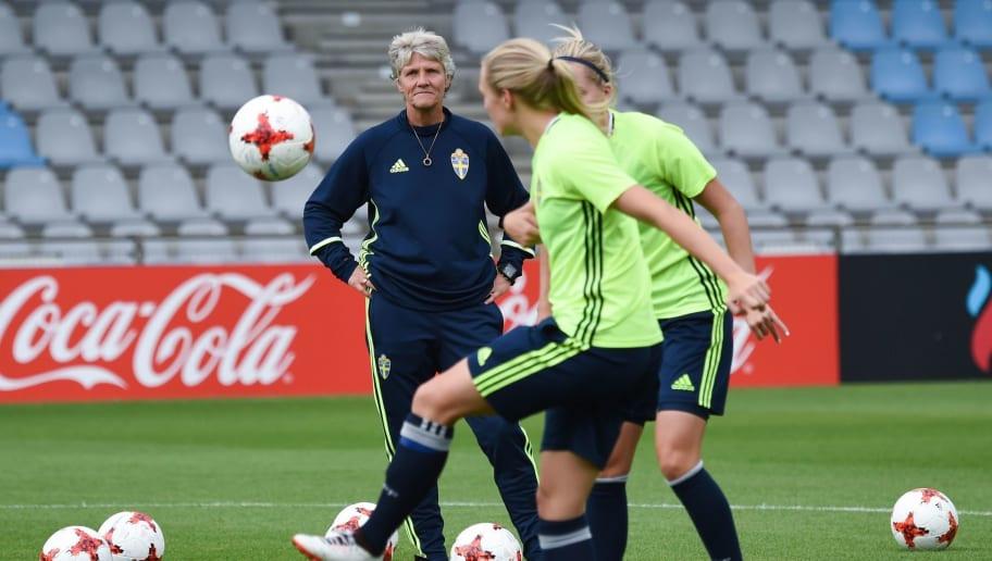 FBL-EURO-2017-WOMEN-SWE-TRAINING