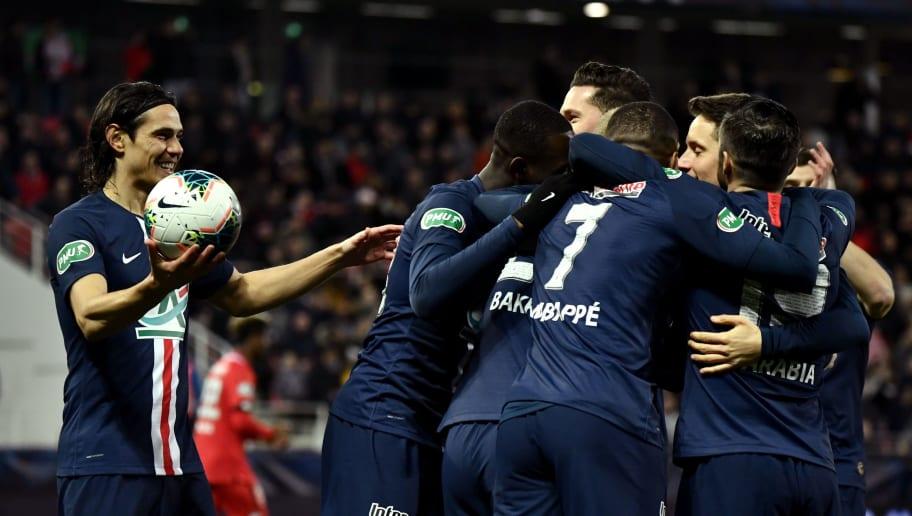 FBL-FRA-CUP-DIJON-PARIS
