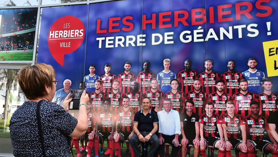 FBL-FRA-CUP-HERBIERS-PSG-FANS-FEATURE