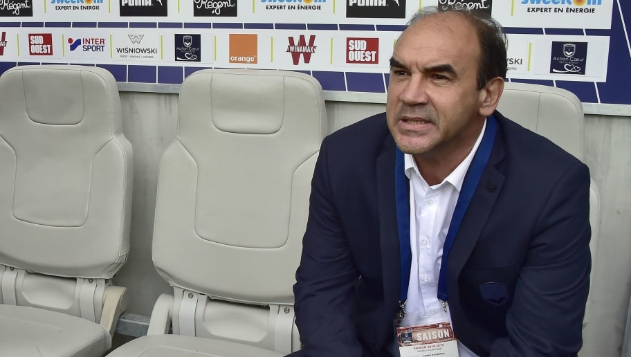 FC Girondins Bordeaux's General Manager Brazilian Ricardo Gomes Raymundo arrives prior the French L1 football match between FC Girondins de Bordeaux  and Nimes Olympique on september 16, 2018 at the Matmut Atlantique Stadium in Bordeaux. (Photo by GEORGES GOBET / AFP)        (Photo credit should read GEORGES GOBET/AFP/Getty Images)