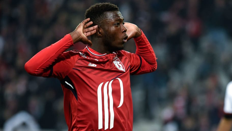 Lille's Pepe Nicolas celebrates scoring a goal during the French L1 football match between Lille and Guingamp on April 14, 2018 at the Pierre Mauroy stadium in Lille, northern France. / AFP PHOTO / FRANCOIS LO PRESTI        (Photo credit should read FRANCOIS LO PRESTI/AFP/Getty Images)