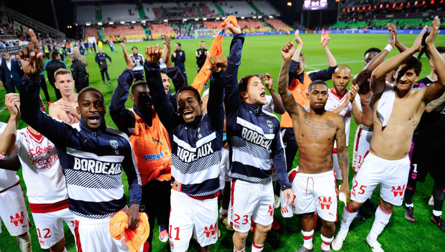 Bordeaux's players celebrate at the end of the French L1 football match between Metz (FCM) and Bordeaux (FCGB) on on May 19, 2018 at Saint Symphorien stadium in Longeville-Les-Metz, eastern France. (Photo by JEAN-CHRISTOPHE VERHAEGEN / AFP)        (Photo credit should read JEAN-CHRISTOPHE VERHAEGEN/AFP/Getty Images)