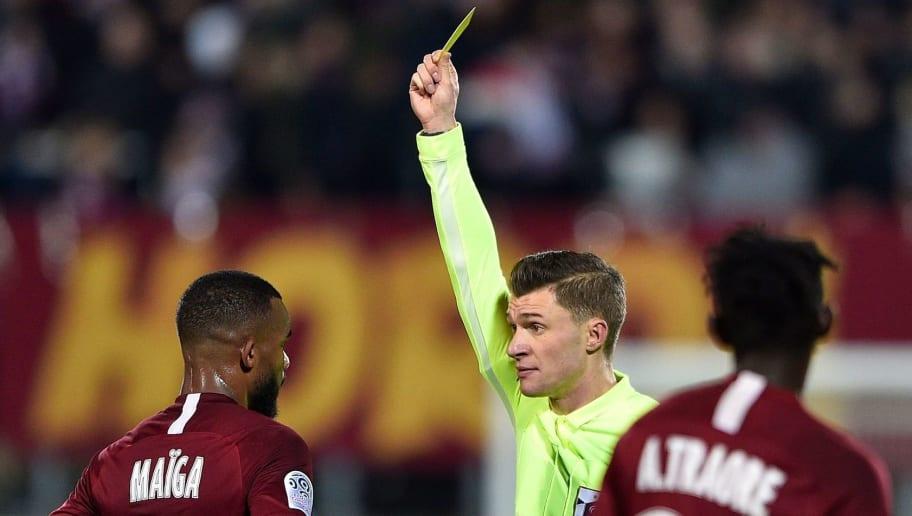 La VAR fait débat sur les réseaux pendant le match Metz - OM