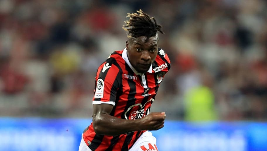 Nice's French midfielder Allan Saint-Maximin runs with the ball during the French L1 football match Nice vs Reims on August 11, 2018 at the 'Allianz Riviera' stadium in Nice, southeastern France. (Photo by VALERY HACHE / AFP)        (Photo credit should read VALERY HACHE/AFP/Getty Images)