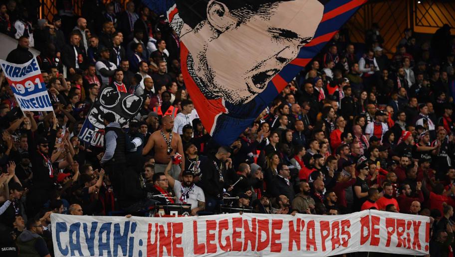 Le superbe hommage des supporters parisiens qui montre leur amour pour Cavani