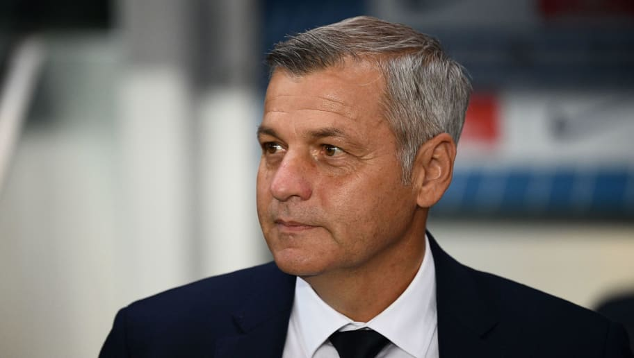 Lyon's French coach Bruno Genesio looks on before the French L1 football match between Paris Saint-Germain (PSG) and Olympique de Lyon (OL) on October 7, 2018 at the Parc des Princes stadium in Paris. (Photo by FRANCK FIFE / AFP)        (Photo credit should read FRANCK FIFE/AFP/Getty Images)
