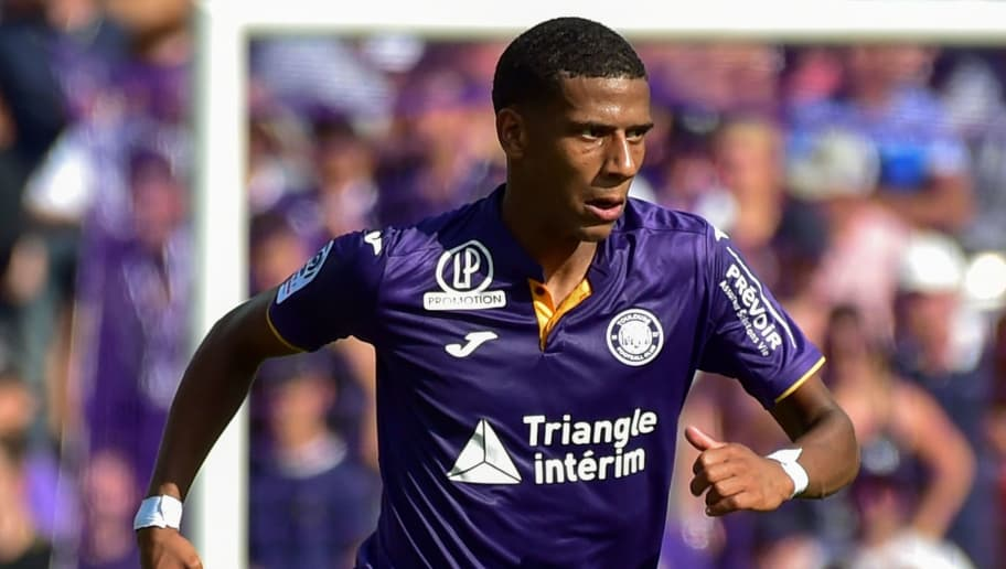 Toulouse's French defender Jean-Clair Todibo runs with the ball during the French L1 football match between Toulouse and Bordeaux on August 19, 2018 at the Municipal Stadium in Toulouse, southern France. (Photo by PASCAL PAVANI / AFP)        (Photo credit should read PASCAL PAVANI/AFP/Getty Images)