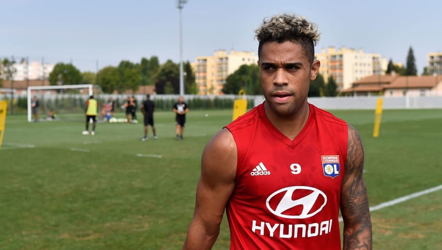 Lyon's Caribean forward Mariano Diaz takes part in a training session at the Groupama OL training center in Decines-Charpieu near Lyon, central-eastern France, on August 6, 2018. (Photo by ROMAIN LAFABREGUE / AFP)        (Photo credit should read ROMAIN LAFABREGUE/AFP/Getty Images)