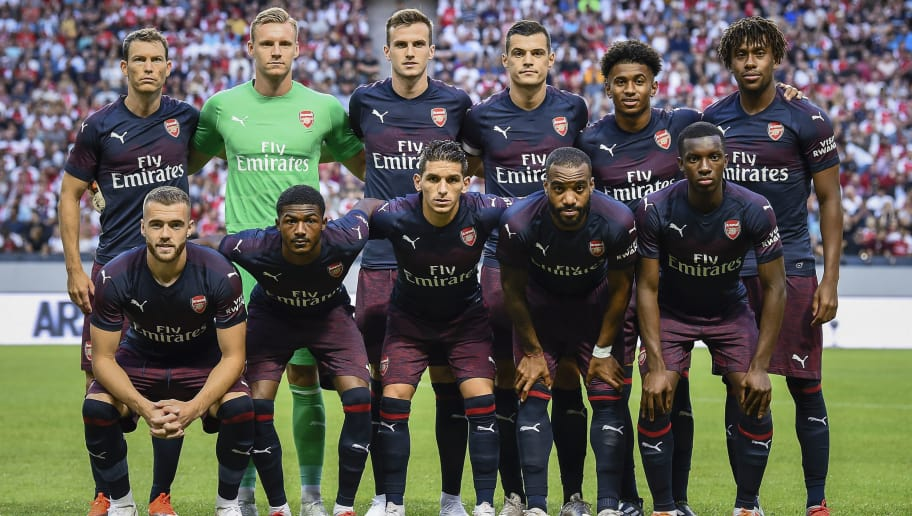 Arsenal's players pose for a team's photo prior to the friendly football match between Arsenal and Lazio in Solna, Sweden on August 4, 2018. (Photo by Jonathan NACKSTRAND / AFP)        (Photo credit should read JONATHAN NACKSTRAND/AFP/Getty Images)