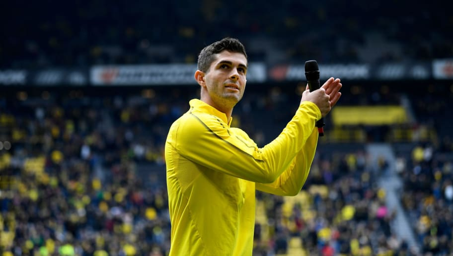 Christian Pulisic Claims He Wants to Emulate Eden Hazard After Sealing Chelsea Switch
