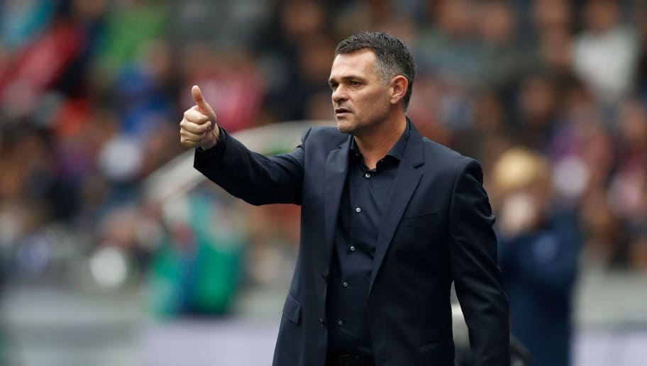 Bayern Munich's French interim head coach Willy Sagnol gestures from the sidelines during the German first division Bundesliga football match between Hertha Berlin and FC Bayern Munich in Berlin, on October 1, 2017. / AFP PHOTO / Odd ANDERSEN / RESTRICTIONS: DURING MATCH TIME: DFL RULES TO LIMIT THE ONLINE USAGE TO 15 PICTURES PER MATCH AND FORBID IMAGE SEQUENCES TO SIMULATE VIDEO. == RESTRICTED TO EDITORIAL USE == FOR FURTHER QUERIES PLEASE CONTACT DFL DIRECTLY AT + 49 69 650050         (Photo credit should read ODD ANDERSEN/AFP/Getty Images)