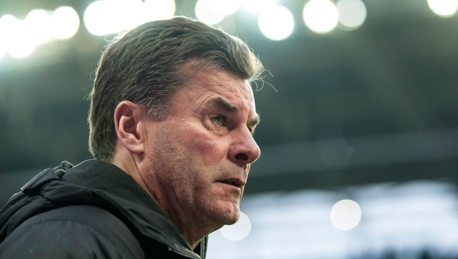 Moenchengladbach's head coach Dieter Hecking looks on prior to the German first division Bundesliga football match between RB Leipzig and Borussia VfL Mönchengladbach in Leipzig on December 2, 2018. (Photo by ROBERT MICHAEL / AFP) / RESTRICTIONS: DFL REGULATIONS PROHIBIT ANY USE OF PHOTOGRAPHS AS IMAGE SEQUENCES AND/OR QUASI-VIDEO        (Photo credit should read ROBERT MICHAEL/AFP/Getty Images)