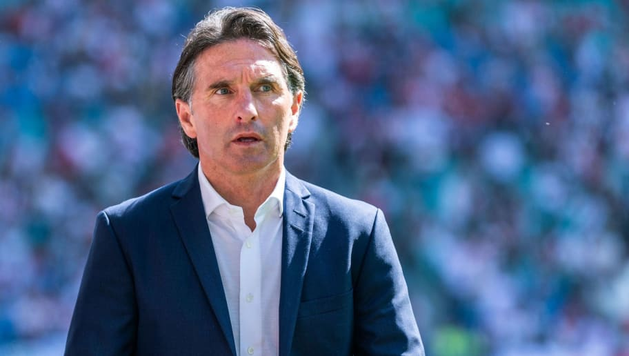 Wolfsburg's German head coach Bruno Labbadia looks on prior to the German first division Bundesliga football match RB Leipzig vs VfL Wolfsburg in Leipzig, eastern Germany, on May 5, 2018. (Photo by ROBERT MICHAEL / AFP) / RESTRICTIONS: DURING MATCH TIME: DFL RULES TO LIMIT THE ONLINE USAGE TO 15 PICTURES PER MATCH AND FORBID IMAGE SEQUENCES TO SIMULATE VIDEO. == RESTRICTED TO EDITORIAL USE == FOR FURTHER QUERIES PLEASE CONTACT DFL DIRECTLY AT + 49 69 650050        (Photo credit should read ROBERT MICHAEL/AFP/Getty Images)