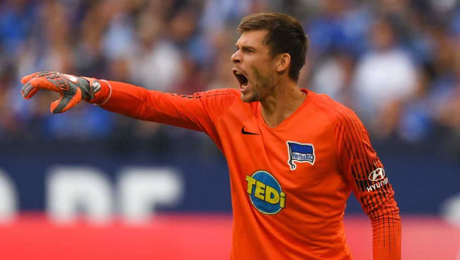 Berlin's Norwegian goalkeeper Rune Jarstein reacts during the German first division Bundesliga football match FC Schalke 04 vs Hertha Berlin in Gelsenkirchen, western Germany, on September 2, 2018. (Photo by Patrik STOLLARZ / AFP) / RESTRICTIONS: DFL REGULATIONS PROHIBIT ANY USE OF PHOTOGRAPHS AS IMAGE SEQUENCES AND/OR QUASI-VIDEO        (Photo credit should read PATRIK STOLLARZ/AFP/Getty Images)