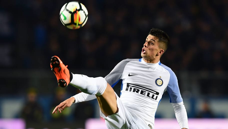 Inter Milan's Portuguese forward Joao Cancelo controls the ball during the Italian Serie A football match between Atalanta Bergamo and Inter Milan at the Atleti Azzurri d'ItaliaStadium in Bergamo on April 14, 2018. / AFP PHOTO / MIGUEL MEDINA        (Photo credit should read MIGUEL MEDINA/AFP/Getty Images)