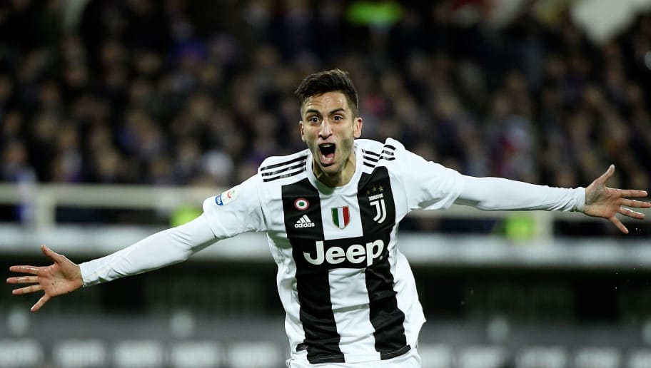 Juventus's Urugayan midfielder Rodrigo Bentancur celebrates after scoring a goal during the Italian Serie A football match Fiorentina vs Juventus on December 1, 2018 at the Artemio Franchi Stadium in Florence. (Photo by Filippo MONTEFORTE / AFP)        (Photo credit should read FILIPPO MONTEFORTE/AFP/Getty Images)