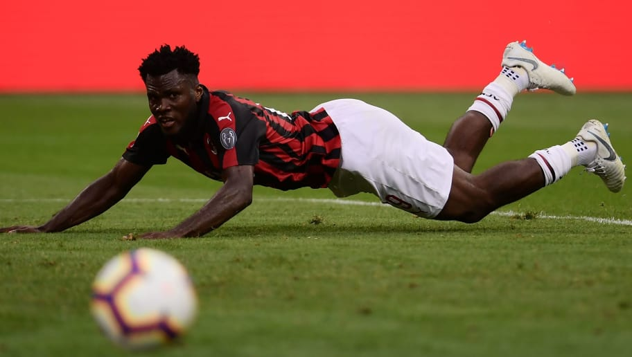 AC Milan's Ivorian midfielder Franck Kessie eyes the ball during the Itaian Serie A football match between AC Milan and Atalanta Bergamo on September 23, 2018 at the 'San Siro Stadium' in Milan. (Photo by MARCO BERTORELLO / AFP)        (Photo credit should read MARCO BERTORELLO/AFP/Getty Images)