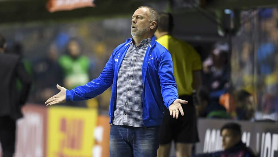 Brazil's Cruzeiro coach Mano Menezes gestures during the Copa Libertadores 2018 quarter final first leg football match against Argentina's Boca Juniors at La Bombonera stadium in Buenos Aires, on September 19, 2018. (Photo by EITAN ABRAMOVICH / AFP)        (Photo credit should read EITAN ABRAMOVICH/AFP/Getty Images)