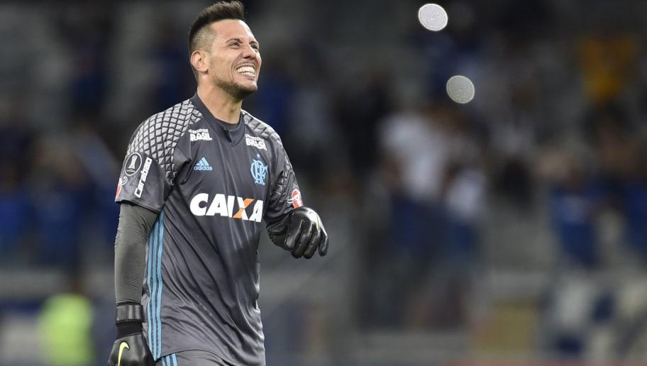 Diego Alves of Brazil s Flamengo gestures during a 2018 Copa Libertadores  match against Brazil s Cruzeiro at 76dcf4cbcf3eb