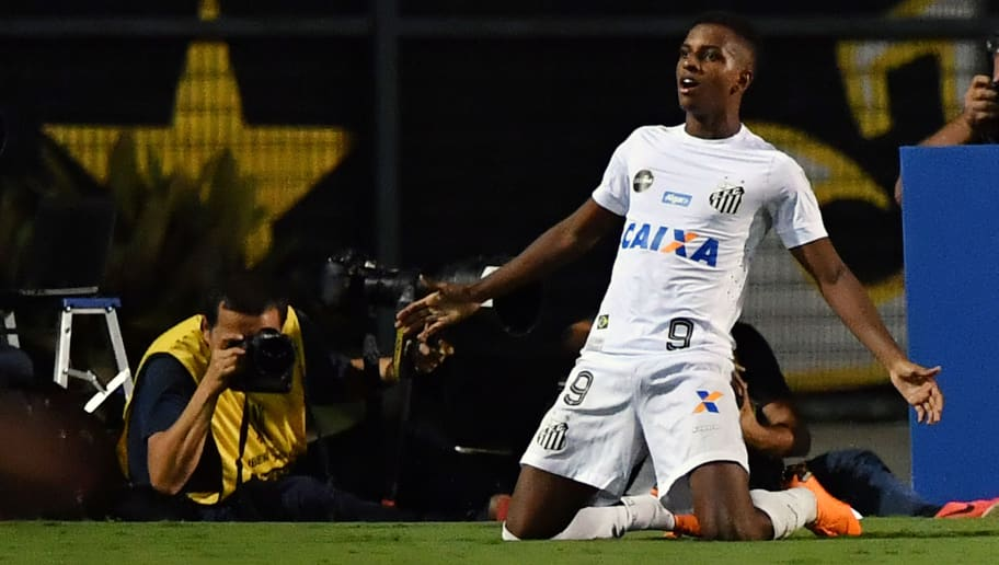 Rodrygo of Brazil's Santos, celebrates his goal against Uruguay's Nacional, during their 2018 Copa Libertadores football match held at Arena Pacaembu, in Sao Paulo, Brazil, on March 15, 2018. / AFP PHOTO / NELSON ALMEIDA        (Photo credit should read NELSON ALMEIDA/AFP/Getty Images)