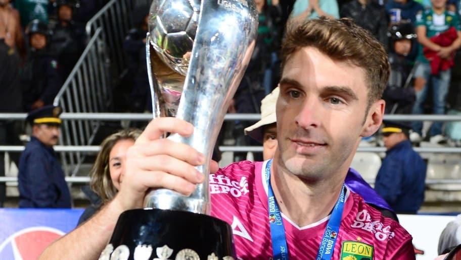 Boselli firmará con Corinthians y pone final a su historia en ...