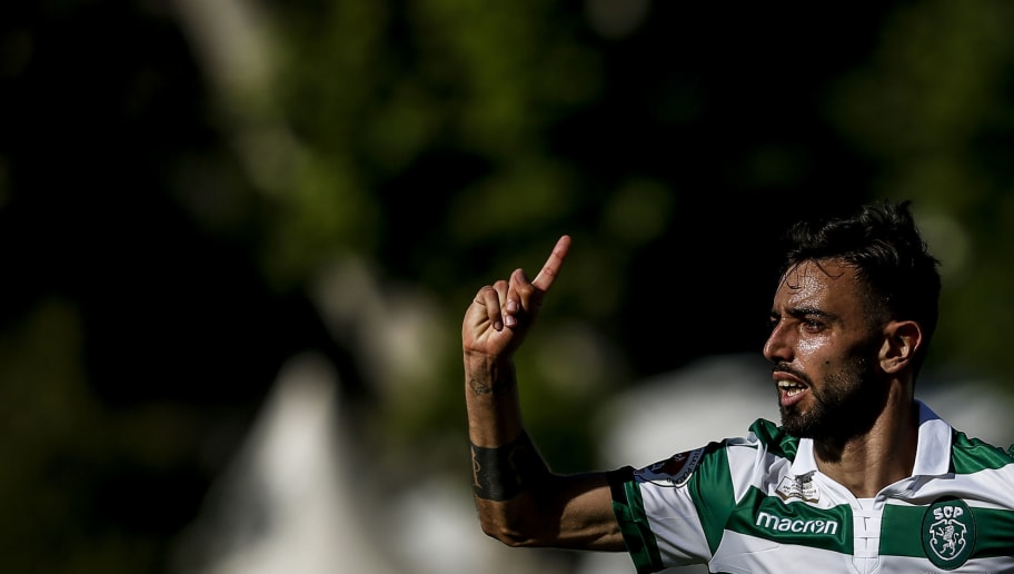 Bruno Fernandes' Agent Opens Talks With Tottenham But Sporting CP Hold Out for Man Utd Bid