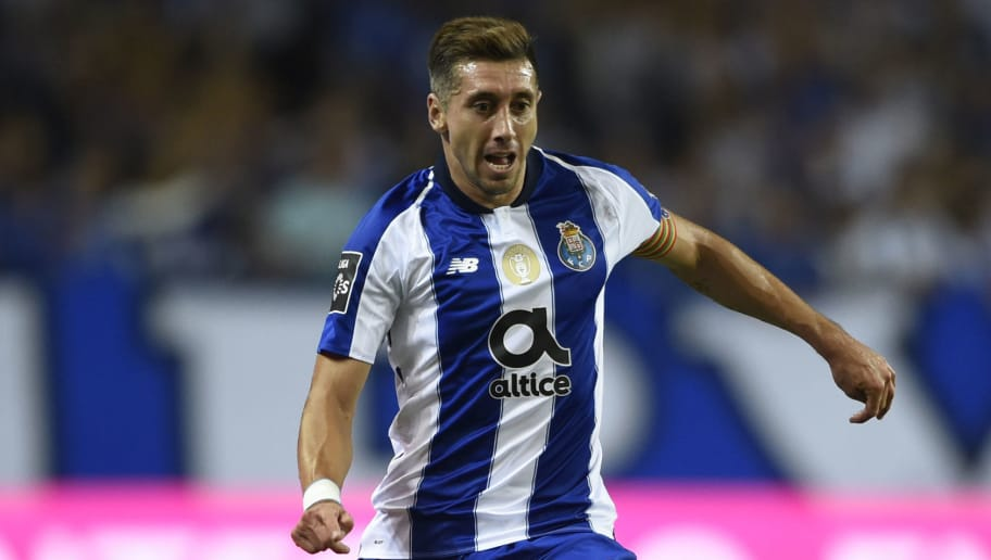 Porto's Mexican midfielder Hector Herrera controls the ball during the Portuguese league football match between FC Porto and Vitoria Guimaraes SC at the Dragao stadium in Porto on August 25, 2018. (Photo by MIGUEL RIOPA / AFP)        (Photo credit should read MIGUEL RIOPA/AFP/Getty Images)