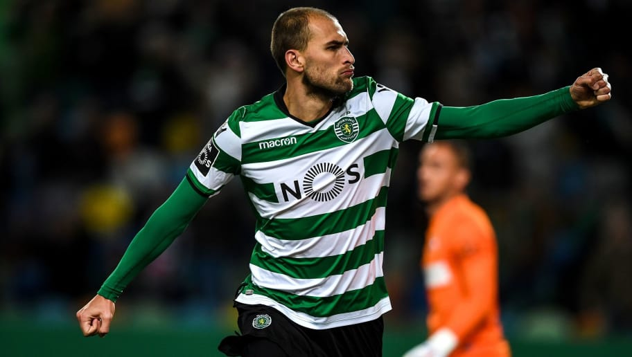 Sporting's Dutch forward Bas Dost celebrates after scoring a goal during the Portuguese League football match Sporting CP vs CS Maritimo at the Alvalade stadium on January 7, 2018.  / AFP PHOTO / PATRICIA DE MELO MOREIRA        (Photo credit should read PATRICIA DE MELO MOREIRA/AFP/Getty Images)
