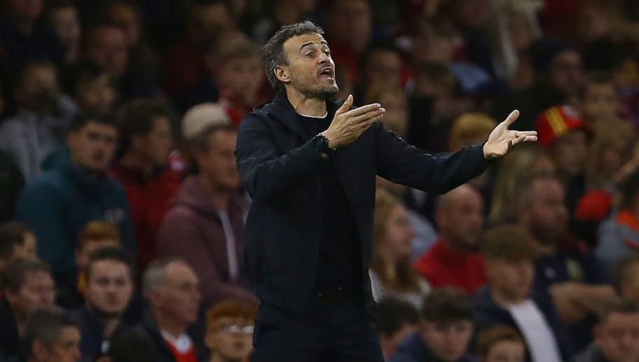 Spain's coach Luis Enrique shouts instructions to his players from the touchline during the international friendly football match between Wales and Spain at The Principality Stadium in Cardiff, south Wales, on October 11, 2018. (Photo by GEOFF CADDICK / AFP)        (Photo credit should read GEOFF CADDICK/AFP/Getty Images)