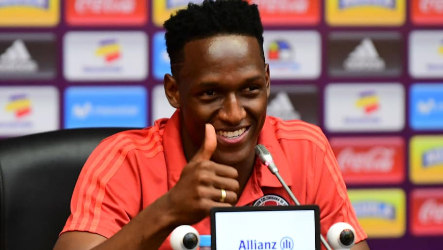 Colombia's player Yerri Mina gives the thunbs up during press conference in Kazan on June 26, 2018 during the Russia 2018 World Cup football tournament. (Photo by LUIS ACOSTA / AFP)        (Photo credit should read LUIS ACOSTA/AFP/Getty Images)