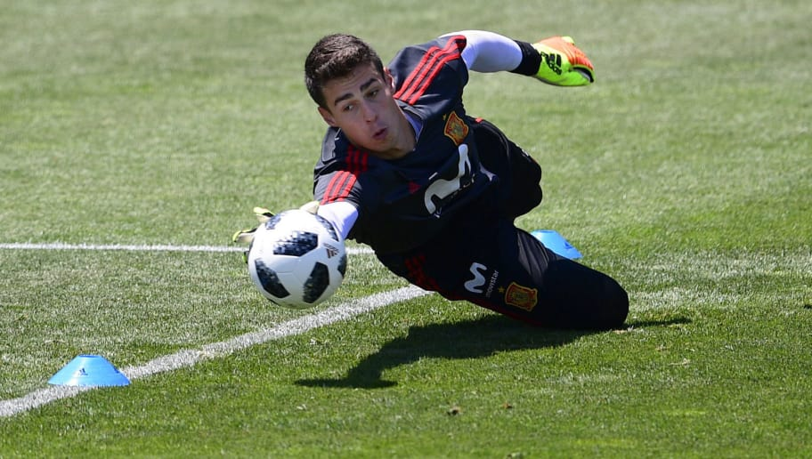 Spain's goalkeeper Kepa Arrizabalaga attends a training session at Krasnodar Academy on June 21, 2018, during the Russia 2018 World Cup football tournament. (Photo by PIERRE-PHILIPPE MARCOU / AFP)        (Photo credit should read PIERRE-PHILIPPE MARCOU/AFP/Getty Images)