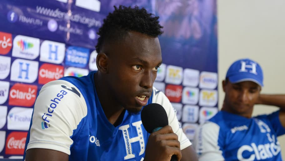 Honduran national football team forward Albert Elis (L) and goalkeeper Donis Escober speak during a press conference at the Morazan stadium in San Pedro Sula, 180 km north of Tegucigalpa on November 14, 2016, ahead of a World Cup 2018 Concacaf qualifier match against Trinidad and Tobago. / AFP / ORLANDO SIERRA        (Photo credit should read ORLANDO SIERRA/AFP/Getty Images)