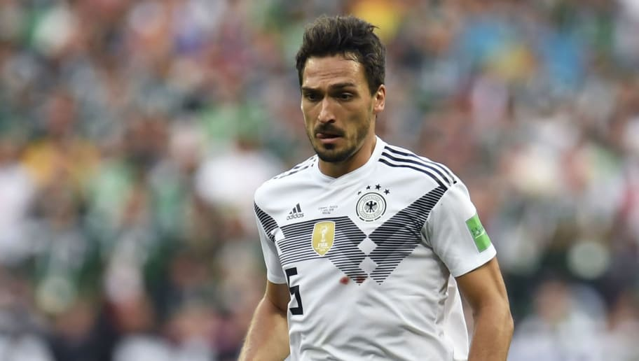 Germany's defender Mats Hummels controls the ball during the Russia 2018 World Cup Group F football match between Germany and Mexico at the Luzhniki Stadium in Moscow on June 17, 2018. (Photo by Patrik STOLLARZ / AFP) / RESTRICTED TO EDITORIAL USE - NO MOBILE PUSH ALERTS/DOWNLOADS        (Photo credit should read PATRIK STOLLARZ/AFP/Getty Images)