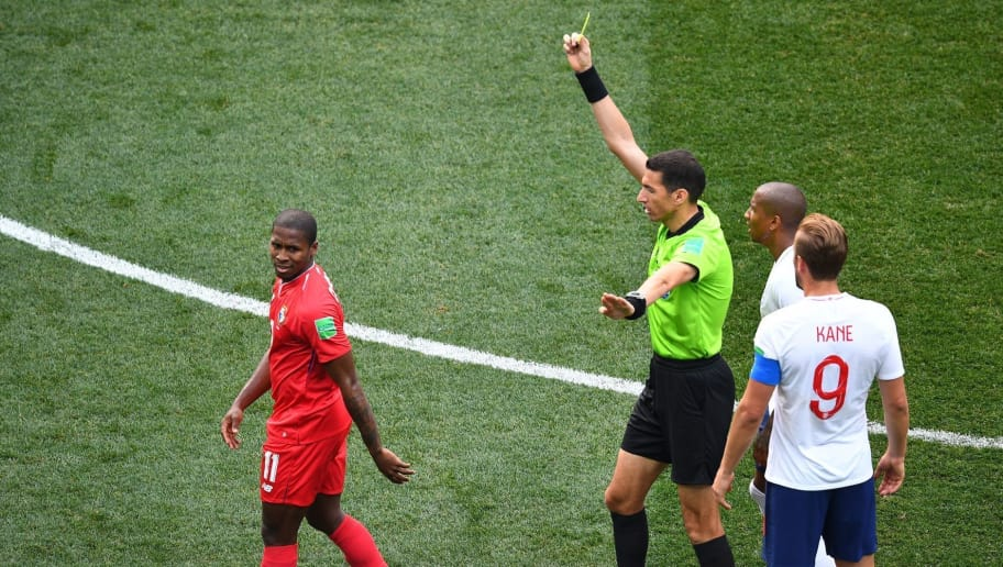 Panama's midfielder Armando Cooper (L) recives a yellow card from the referee during the Russia 2018 World Cup Group G football match between England and Panama at the Nizhny Novgorod Stadium in Nizhny Novgorod on June 24, 2018. (Photo by Johannes EISELE / AFP) / RESTRICTED TO EDITORIAL USE - NO MOBILE PUSH ALERTS/DOWNLOADS        (Photo credit should read JOHANNES EISELE/AFP/Getty Images)