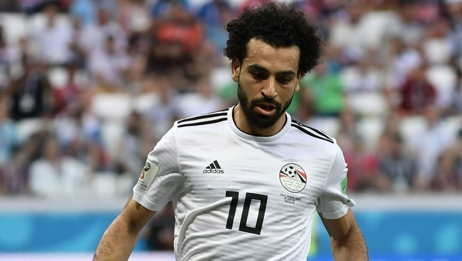 Egypt's forward Mohamed Salah controls the ball during the Russia 2018 World Cup Group A football match between Saudi Arabia and Egypt at the Volgograd Arena in Volgograd on June 25, 2018. (Photo by NICOLAS ASFOURI / AFP) / RESTRICTED TO EDITORIAL USE - NO MOBILE PUSH ALERTS/DOWNLOADS        (Photo credit should read NICOLAS ASFOURI/AFP/Getty Images)